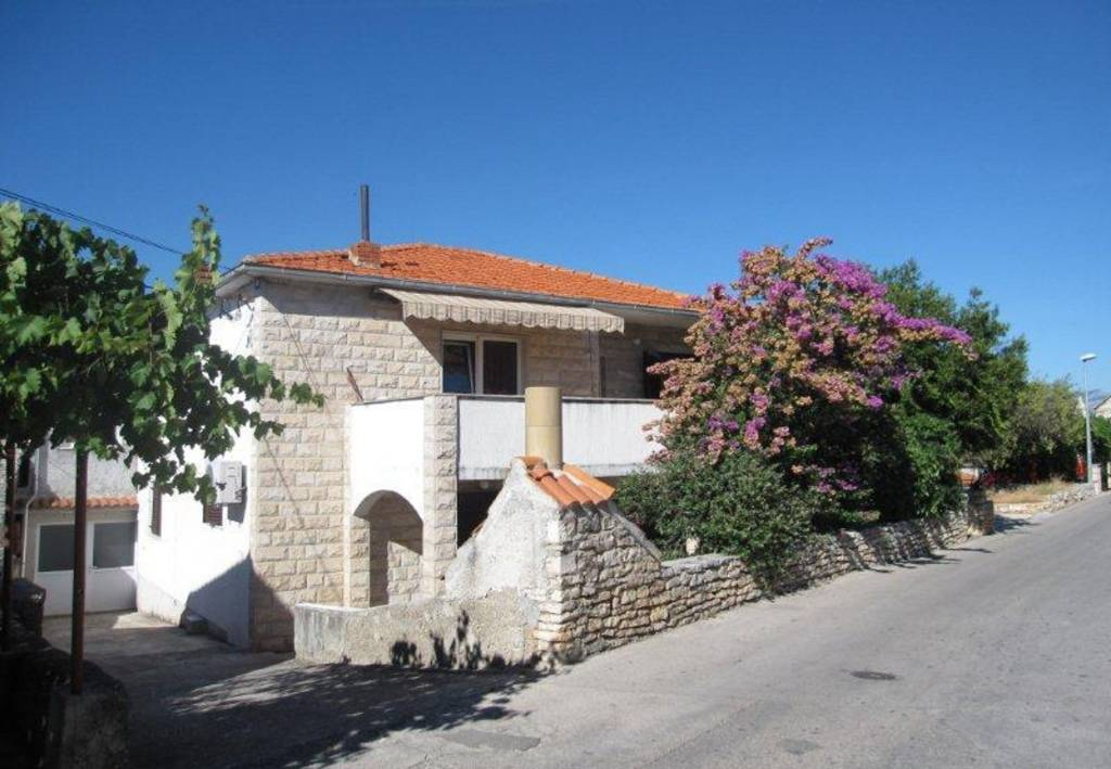 Apartmani Anđa - with large terrace :, Supetar - Otok Brač